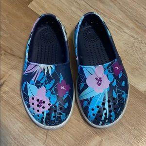 Native shoes sz C5 floral